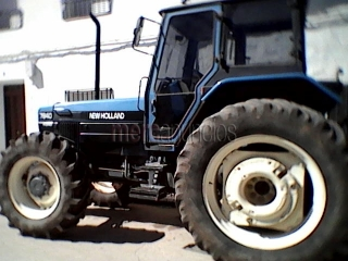 Vendo tractor New Holland 7840 Ford