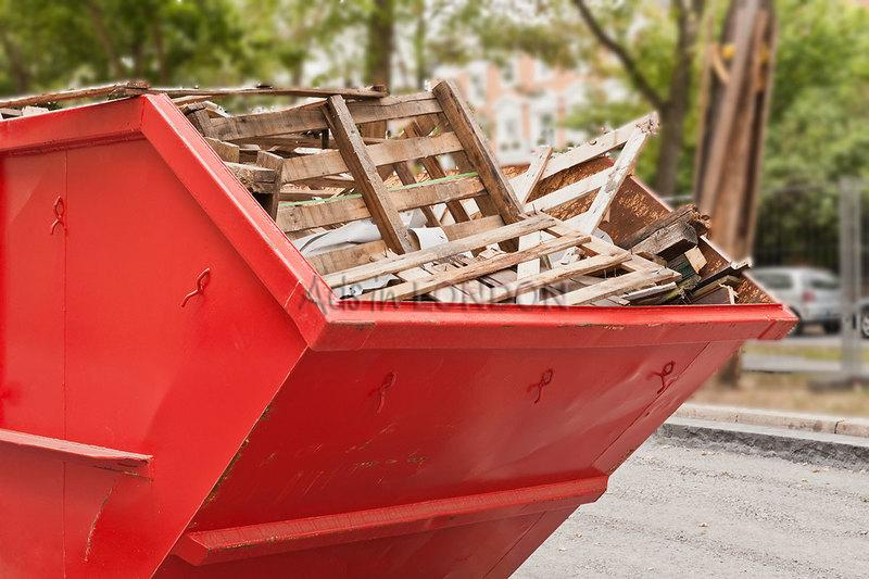 Domestic and Commercial Waste Clearance Services in London #1