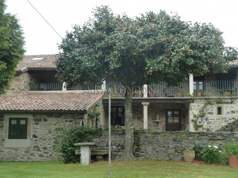 Charming stone house ,300 years old fully restored #1