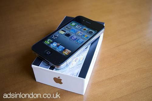 FS: Apple iPhone 4S 64GB /Apple iPad3 64GB + Wifi 4G