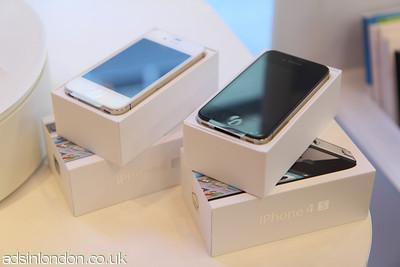 Brand new apple iphone 4s 64GB @ $450USD(Special discount offered) #1