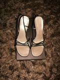 GUCCI LADIES SHOES 39C £20.00  07500 683179