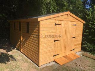 14 x 10 13mm apex shed £1095